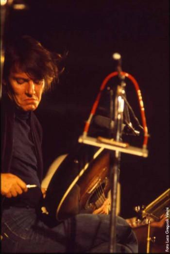 Fabrizio durante la sua prima tournée nel 1975/76
