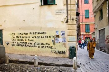 Piazza Vacchero, centro storico, Genova, 2010